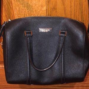 Awesome Kate Spade crossbody purse.